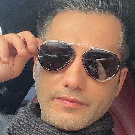 چشات شاه کلیدن اجازه به قلبم نمیدن احمد سعیدی